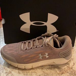 Under armor charged rogue women's shoe size 7.5